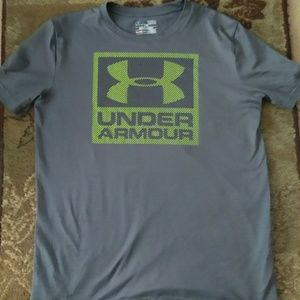 Under Armour YLG Heat Gear Loose! *! Grey/Green! *